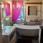 Ainoastaan kylpyhuoneesta tehtin moderni.