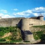 12 Narvan linna Venäjän puolella