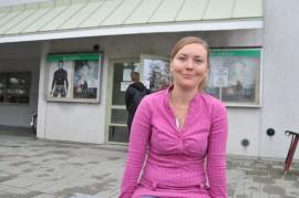 Etsivä nuorisotyöntekijä Elina Lisisen löytää  nuorisotalo Jukolasta.