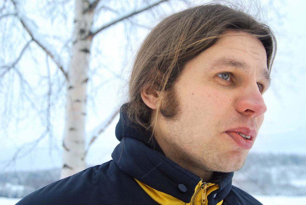 Kansainvälisestikin tunnetun somerolaisen taiteilija Antti Laitisen teoksia nähdään kesällä Kiiruun Kivimakasiinissa.